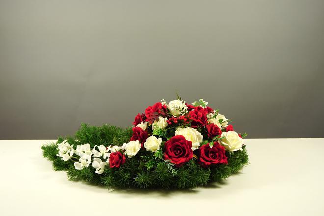 Biało-czerwona wiązanka na Święto Niepodległości