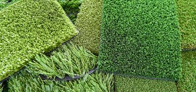 zielone moduły z kwiatów sztucznych