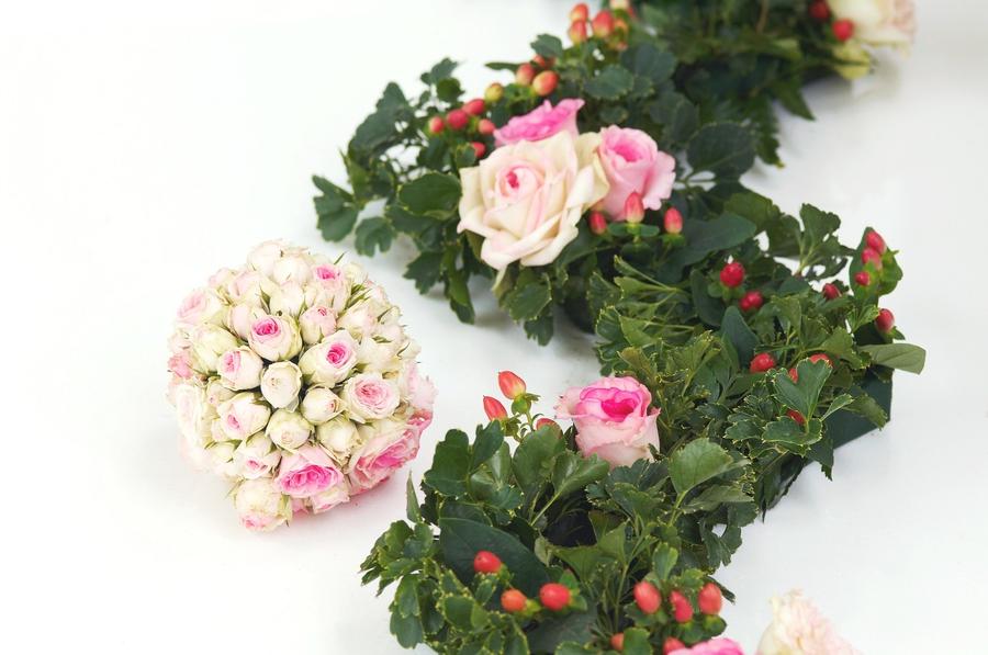Najlepsze kwiaty na cmentarz wiosną